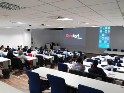 Presentación de Reskyt al Canal de Distribución