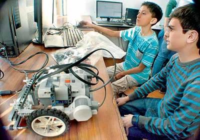 Los beneficios que la robótica les aporta a los niños
