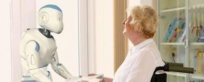 Desarrollan robots para apoyar a personas mayores