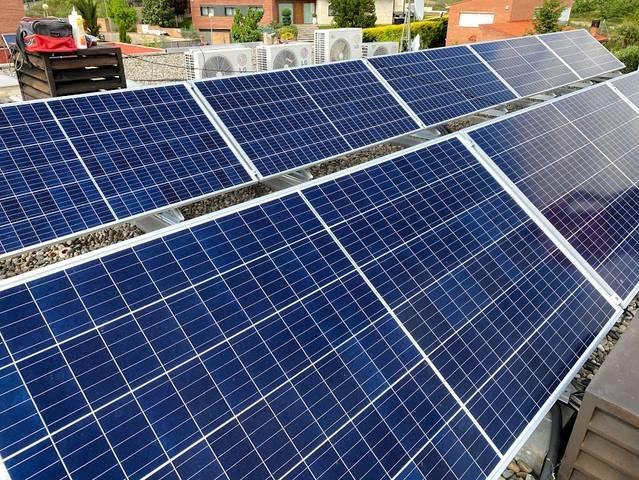 Solar Fotovoltaica 3500 Wp sobre cubierta en Lleida
