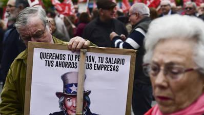 Unas 5.000 personas defienden en la calle la subida de las pensiones públicas