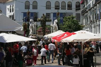 El Ayuntamiento evaluará la cercanía de las barras de las cruces a los BIC