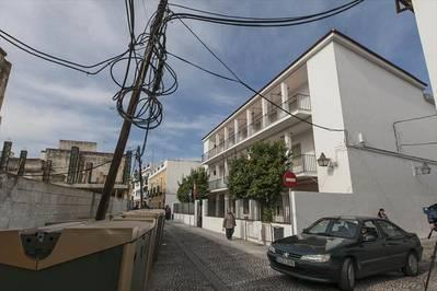 Acuerdo vecinal para darle un uso al cerrado colegio de Las Costanillas