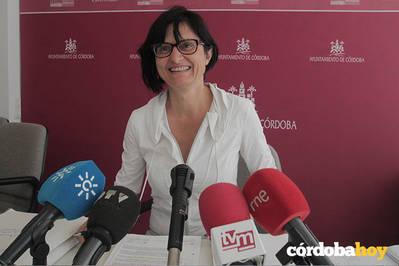 Infraestructuras invierte 75.000 euros en mejorar el acerado de algunas calles en el Distrito Norte