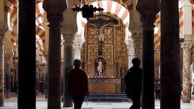 La campaña contra la Catedral, «un ataque religioso»