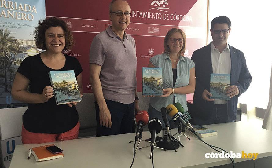 Los 60 años de historia del barrio de Cañero contados en un libro