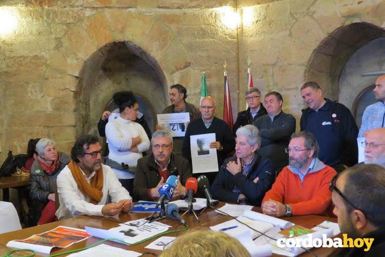Las plataformas contra la valorización en cementeras tienen una cita en Córdoba