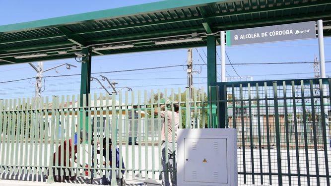Estacion-Cercanias-Alcolea_1136596401_68679476_667