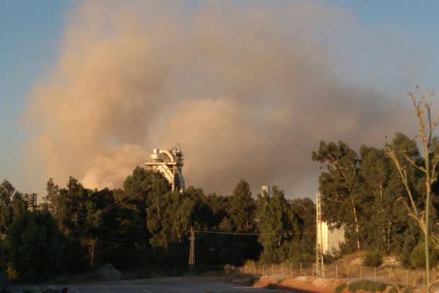 Una nube de polvo en Asland alerta a los vecinos