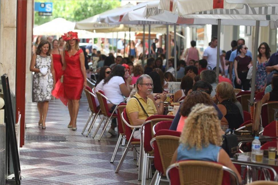 Urbanismo tramita unas 40 sanciones a establecimientos hosteleros