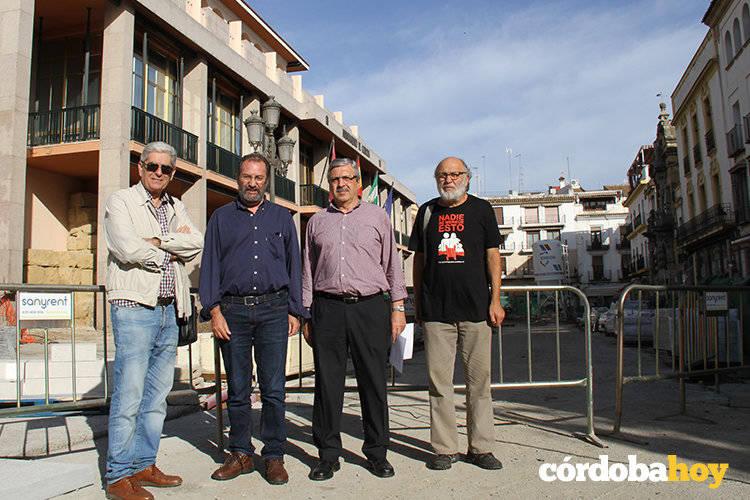 Córdoba Aire Limpio pide al Ayuntamiento una ordenanza sobre quema de residuos