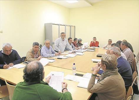 Los colectivos ciudadanos piden a la Junta de Andalucía que reactive nueve proyectos comprometidos