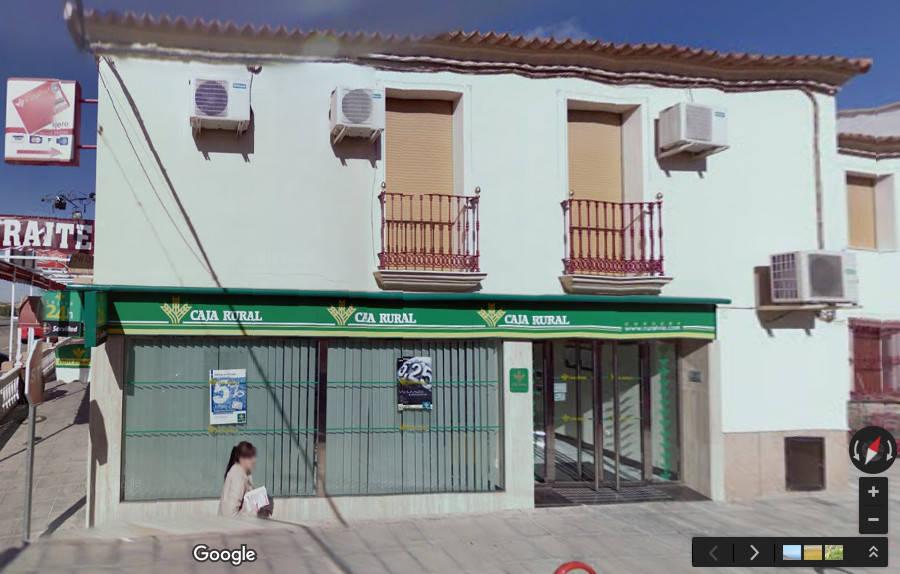 Santa Cruz pide que intercedan para no quedarse sin servicio de banco