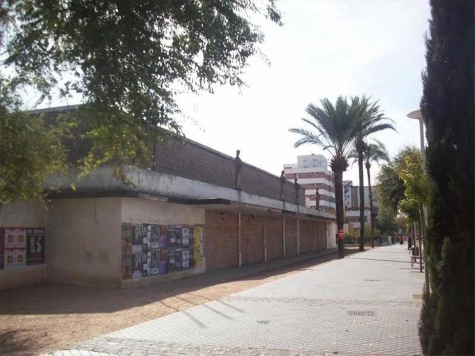 """La Subdelegación muestra su intención para la cesión """"gratuita"""" del Pabellón de la Juventud"""