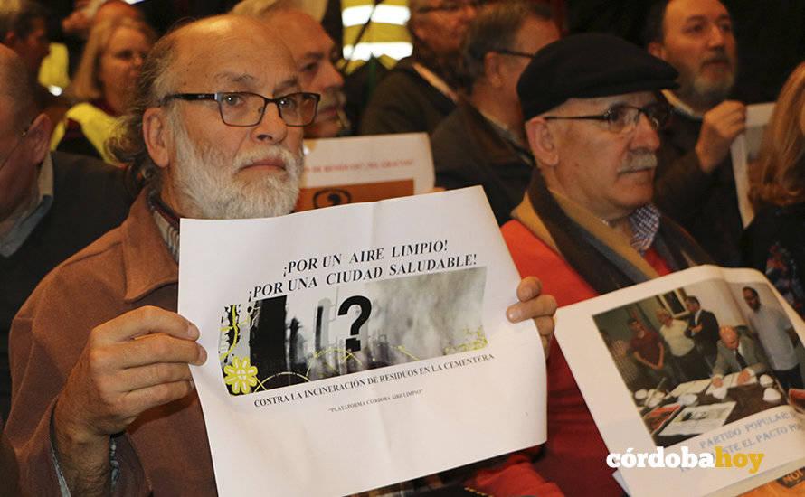 Córdoba Aire Limpio reclama a la Junta que responda a sus recursos sobre Cosmos