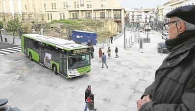 Se estudiará la retirada de autobuses