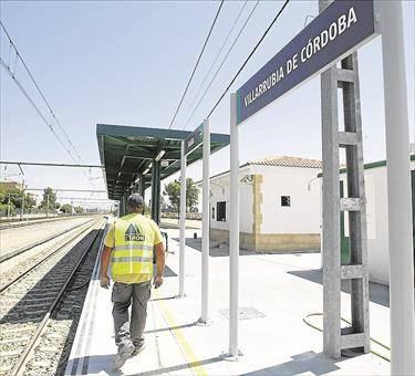 La comisión vecinal propone que el tren de cercanías se pruebe en verano