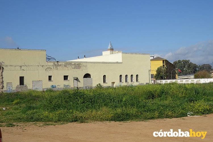 Los vecinos de Levante exigen conocer el proyecto de viviendas en la antigua prisión