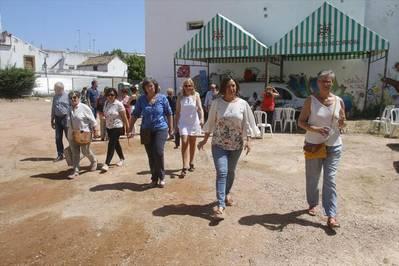 La alcaldesa reitera la promesa de dar uso pronto al cine Andalucía