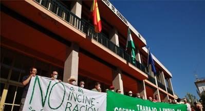 La plataforma Córdoba Aire Limpio exige a la Junta que abra expediente a Cosmos