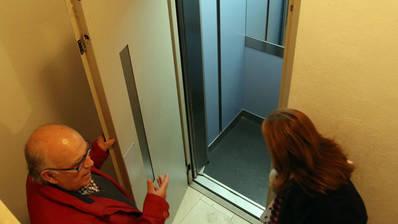 """Al-Zahara critica """"el engaño"""" de la Junta a los vecinos con las ayudas para instalar ascensores"""