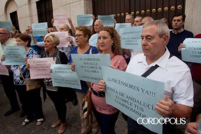 La Junta mantiene su compromiso con comunidades que firmaron convenio de rehabilitación y ascensores