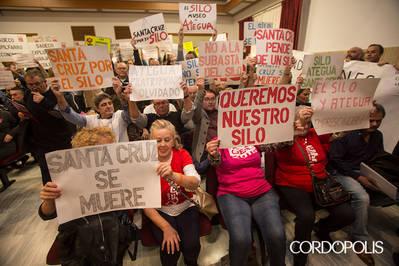 Recogen más de 1.800 firmas pidiendo la cesión del silo de Santa Cruz