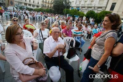 Una fiesta en Las Tendillas en defensa de las pensiones
