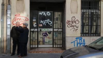 Ciudad Jardín, ante su deterioro, exige al Consistorio aparcamientos, obras y rehabilitar pisos