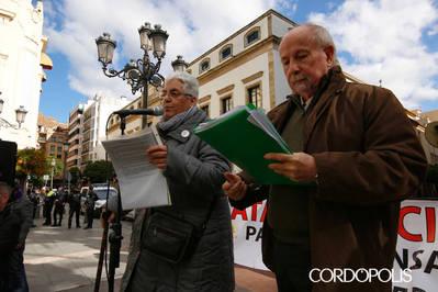 """Los pensionistas vuelven a tomar las calles contra la """"inocentada"""" del Gobierno"""