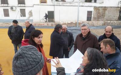 Urbanismo ultima con el vecindario el mobiliario para el Cine Andalucía