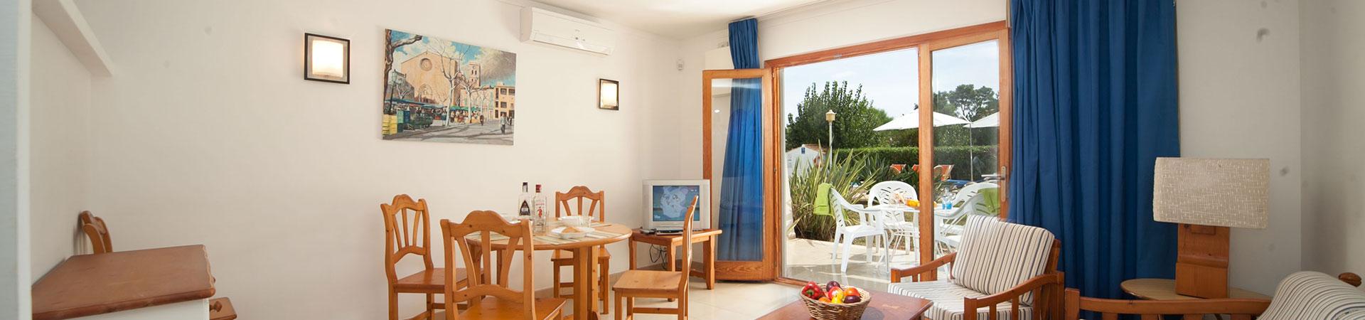 Apartamentos LEO - Central de Reservas Tourist services Puerto de Pollensa Balears, Illes