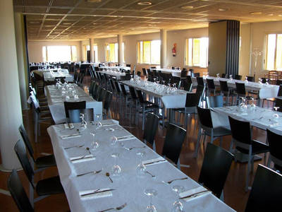 NOU SERVEI DE BAR-RESTAURANT AL CLUB