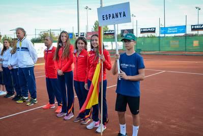 ESPANYA GUANYA I JUGARÀ DISSABTE ENFRONT HOLANDA