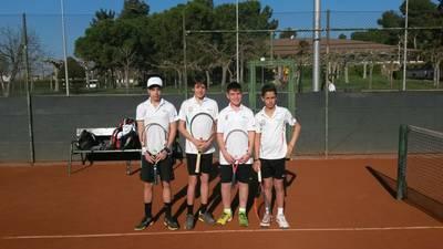 Llobera, semifinalista de un torneo absoluto, y fase previa del Catalán cadete