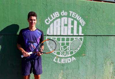Jordi Buira, en la final juvenil del Abierto Summer Fruit