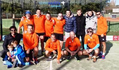 Triunfos de los equipos masculinos B y C de pádel del Tenis Urgell