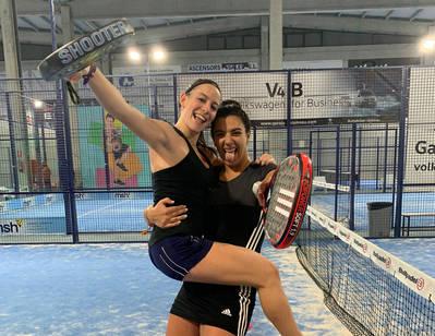 Ares Llobera y Anna Roset, campeona y finalista del Masters Drop Shot del Pádel Indoor Lleida