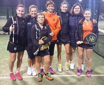 Buenos triunfos de los equipos absolutos masculino y femenino de pádel del CT Urgell
