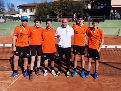 El equipo junior masculino del CT Urgell pasa a la final del Catalán de Bronce
