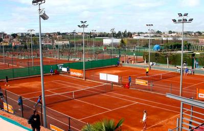 Forma parte y vive la experiencia del Club Tenis Urgell por menos de 29 euros