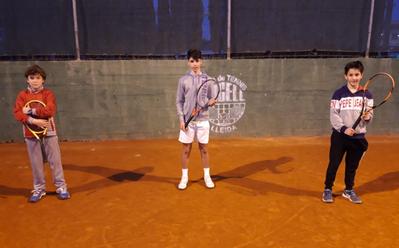 Los triunfos de Nilo Jiménez y Sergi Villas, notas destacadas de la jornada de tenis