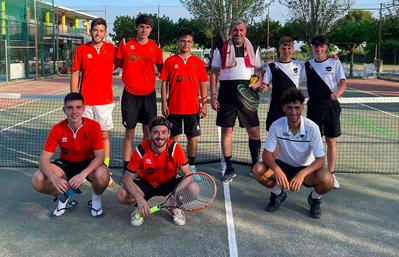 Segunda posición del equipo Absoluto Masculino en la Liga Catalana de Tenis