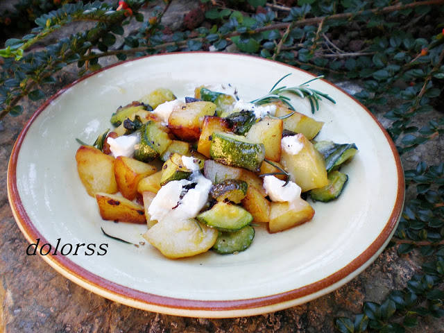 Patatas y calabacín al romero