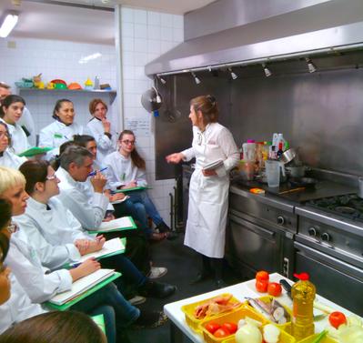 MASTER CLASS DE SALSES PER PART DELS PROFESSIONALS DE L'HOSTAL DEL CARME