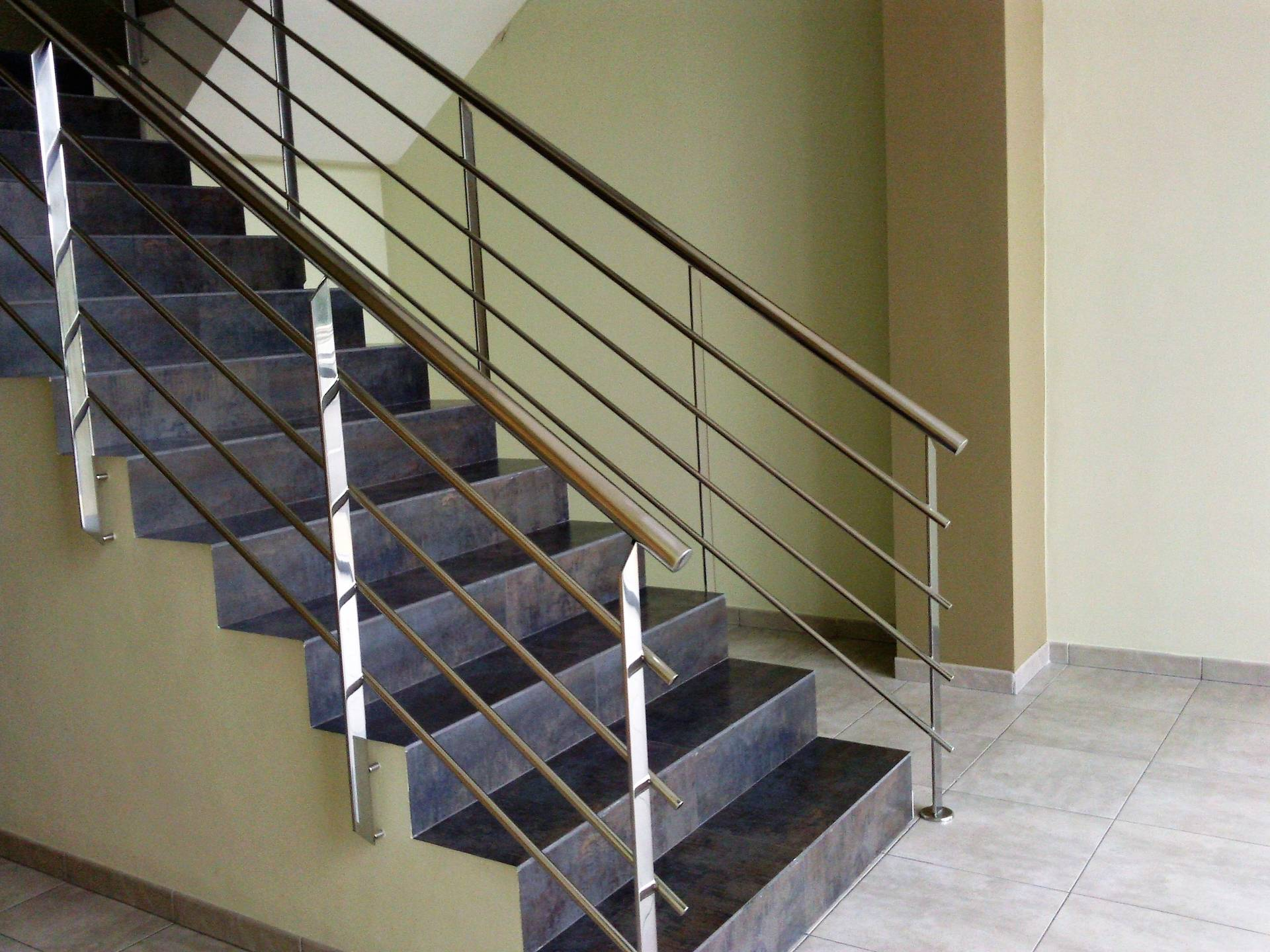 Barandas de escalera - Barandas de escaleras de madera ...