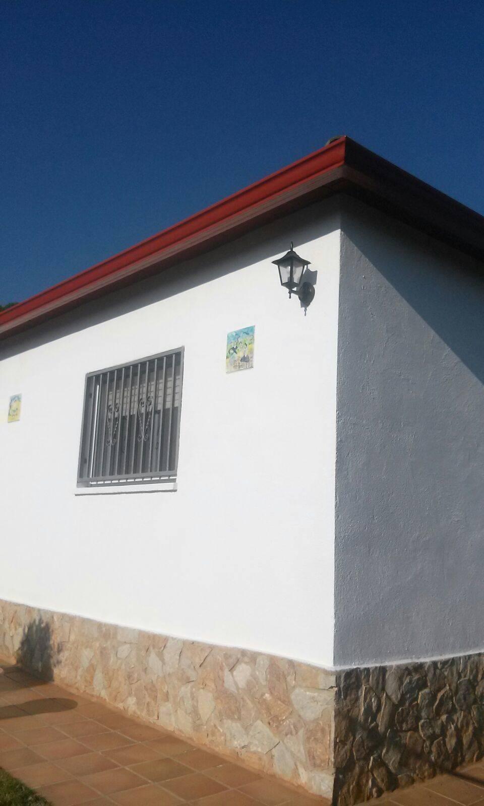 Cansat de sempre el mateix? Mira aquesta casa a dos colors!