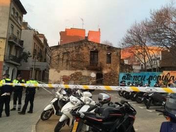 """El Ateneu Popular de Sarrià, calcinado y con esvásticas, símbolos fascistas y proclamas de """"muerte a los CDR"""""""