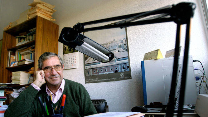 Fallece a los 78 años el historiador Juan Antonio Lacomba