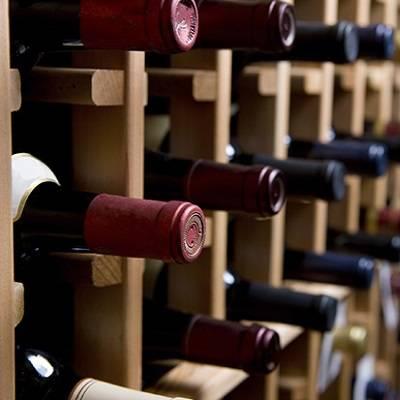 Cavas, vinos y licores